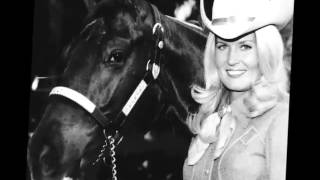 Watch Lynn Anderson Country Girl video