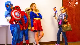 Little Superheroes 9 - The Intern With Spiderman, Supergirl and Captain America