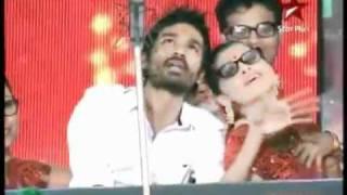 download lagu Dhanush Performing Kolaveri Di Live On Stage gratis