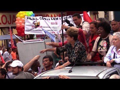 Elections au Brésil: un bain de foule pour Dilma Rousseff