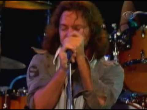 Pearl Jam - Given To Fly - Sao Paulo 12-03-05 - PRO SHOT
