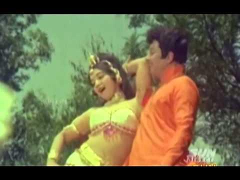 Enna Sugam-Pallandu Vazhga (1975)MGR Latha