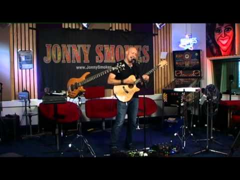 "Jonny Smokes - ""Boomerang"" live on DMG Radio Holland"