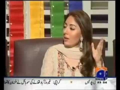 Sharmila Farooqi Singing on Khabarnak Main tere Ajnabi shahar...
