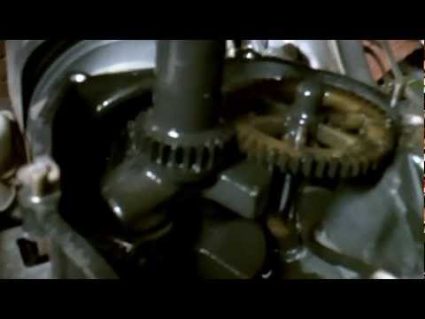 BRIGGS AND STRATTON ENGINE TEAR DOWN FROM MY
