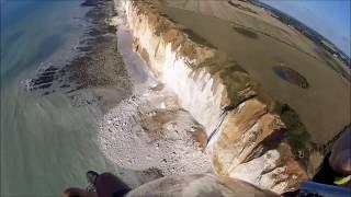 Effondrements de la falaise du 25 08 2016 survolés en paramoteur