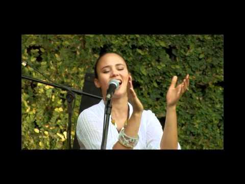 Mayra Andrade - Tchapu na bandera / DVD Mart'nália