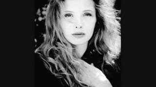 Watch Julie Delpy Something A Bit Vague video