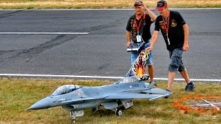 GIANT RC F-16 SUPER SCALE MODEL TURBINE JET FLIGHT DEMONSTRATION / Jetpower Fair 2016