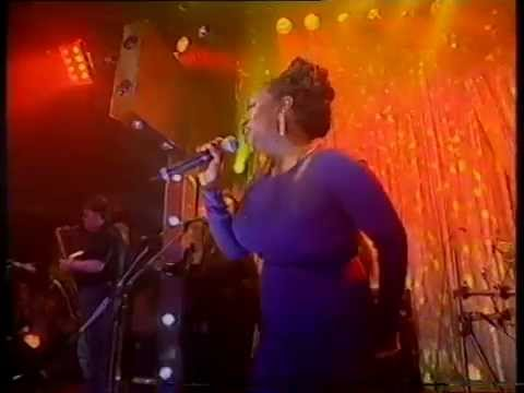 Kym Mazelle - Young Hearts Run Free