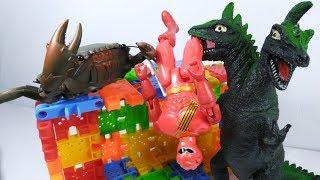 Đồ chơi siêu nhân Gao giải cứu con cua bị khủng long 2 đầu nhốt trong hầm