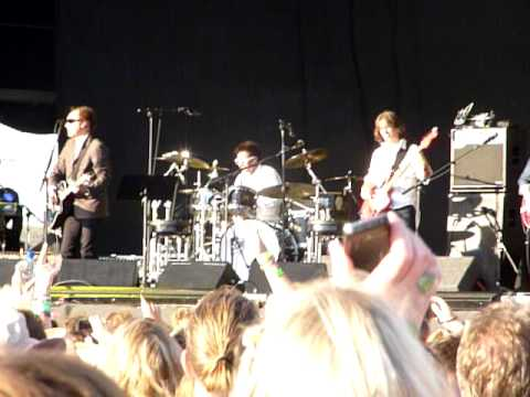 Ray Davies - You Really Got Me @ Hop Farm Festival 2010