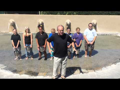 Elaine's Pet Resorts Ice Bucket Challenge – Fresno