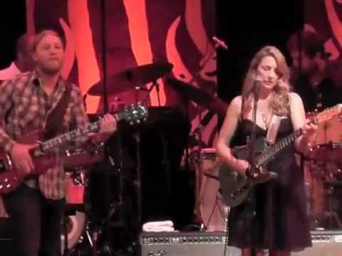 Tedeschi Trucks Band - Bound For Glory (Live in Little Rock)