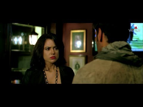 Ajay Devgan & Zayed Khan Comes To Meet Sameera Reddy (tezz) video
