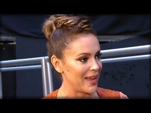 """ALYSSA MILANO INSULTS CHRISTIANS BY CALLING NATIONAL DAY OF PRAYER """"NATION A**HOLE DAY"""""""
