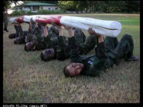 นาวิกโยธิน กองพันลาดตระเวน (Force Recon thailand)