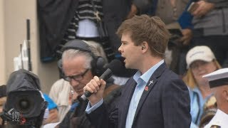 Kiwi singer Will Martin delivers moving rendition of Requiem for a Soldier in Armistice Day service
