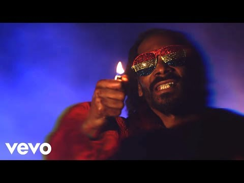 Snoop Lion (Feat. Mavado & Popcaan) - Lighters Up