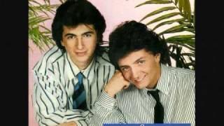 David and Jonathan (band) - Est-ce que tu viens pour les vacances ?