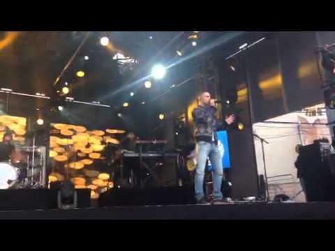 Maroon 5 - Tangled (Jimmy Kimmel Live)