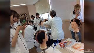 美容学科1-Aクラスの実習風景 新潟 美容学校 BM