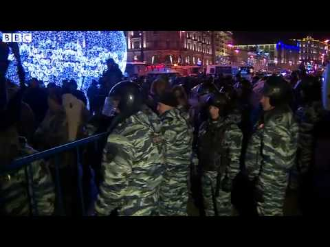 BBC News 31 December 2014 Putin critic Alexei Navalny arrested at Moscow protest