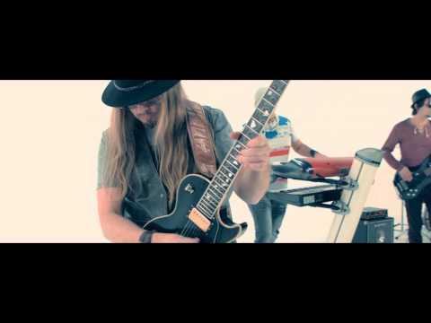 Kao Kao Band - Crna Barbika - (Official Video 2015)