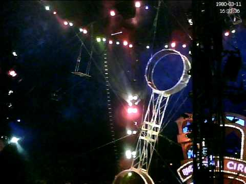 Big Apple Circus - clown on a spinning thing