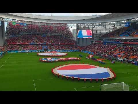 Фантастическое исполнение гимнов Франции и Перу на матче в Екатеринбурге