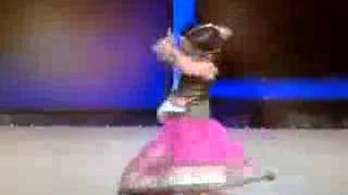 Download Cute 3 year old dancing in a Hindi competition 3Gp Mp4