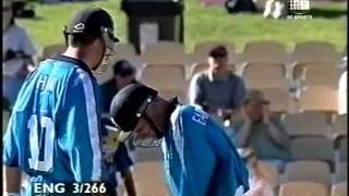 Graeme Hick 126* vs Sri Lanka 1998/99 Adelaide