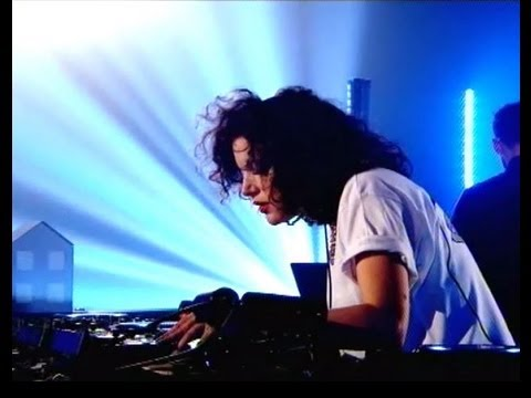 Annie Mac - UK House Party!