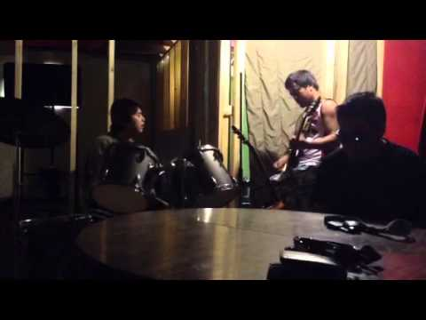 Sandalan Cover By Mang Kanor Band video
