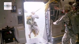 Army Paratroopers Parachute Jump Mission
