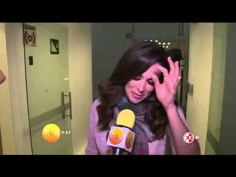 Jacqueline Bracamontes regresa a los foros de grabación de La Voz México y realiza sesión de fotos c