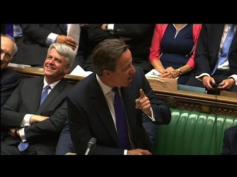 "GB/UE: Cameron ""prêt à travailler"" avec Juncker"