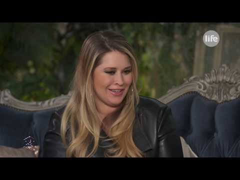 Király Linda: mi már 13 éves korunktól kezdve dolgoztunk - Life TV
