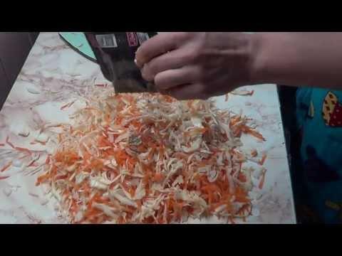 Как приготовить тушеную капусту - видео