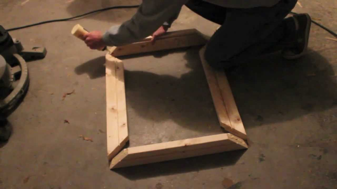 how to make a small wooden picture frame youtube. Black Bedroom Furniture Sets. Home Design Ideas