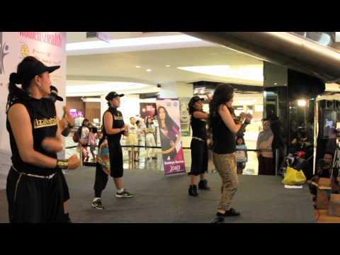 Download Joged Fitness Event @FX Liza Natalia Mp4 baru