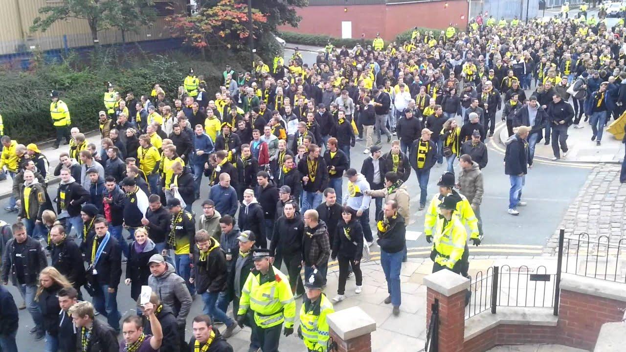 Dortmund Fans Youtube Borussia Dortmund Fans Parade
