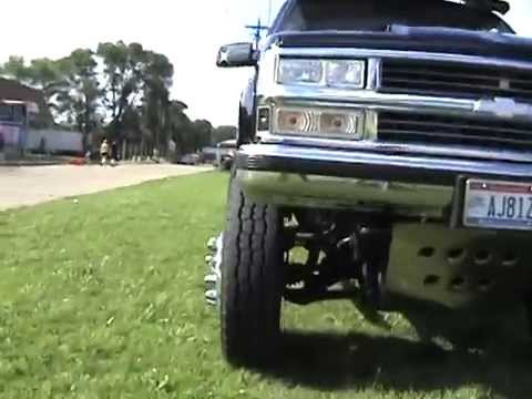 BLACK TITAN Chevy truck on airbags! Video