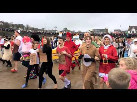 SAUNDERSFOOT SWIM 2014 NYDS SLOW MO NEW YEARS DAY