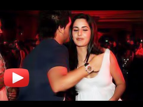 Siddharth Mallya's Hand Inside Katrina Kaif's Top - Real Or Fake ? video