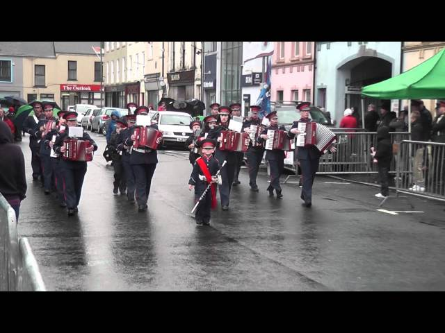 Aughlisnafin Acc B @ Pride Of The Hill FB Parade 2012