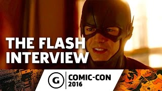 Crew of The Flash Talk Season 3 at Comic-Con 2016