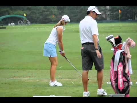 Paula Creamer - LPGA 2012 Kingsmill Championship - Pre-shot routine