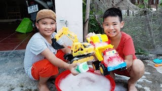 Kids Go To Shool | Zin And Best Friend Have Fun in Home Journeys Go To Find Treasure