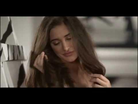 Parachute Advansed hair oil 2011 new AD Nargi...